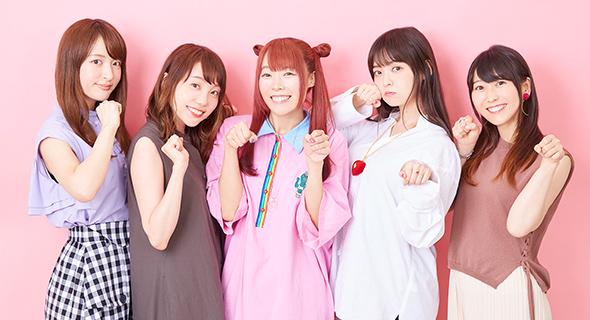 左から小松未可子、小原好美、成瀬瑛美、上坂すみれ、安野希世乃。