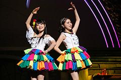 ゆいかおり「『RAINBOW CANARY!!』~Brightest Stage~」日本武道館公演の様子。(撮影:尾形正茂)
