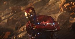 「アベンジャーズ/インフィニティ・ウォー」より、アイアンマン。