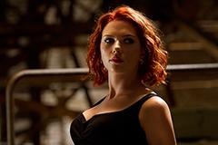 「アベンジャーズ」より、スカーレット・ヨハンソン演じるブラック・ウィドウ。