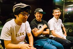 左から小川康弘、川尻恵太、菊池謙太郎。