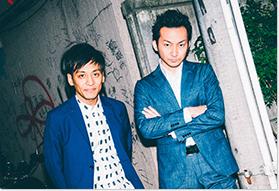 あほんだらを演じたとろサーモン村田と波岡一喜(左から)。