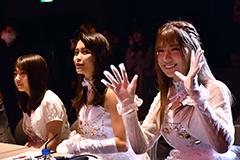審査員を務める9nineの(左から)村田寛奈、吉井香奈恵、佐武宇綺。