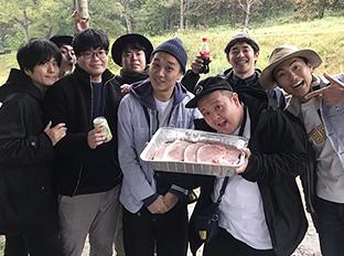 「竹内健人、ライス、しずる、サルゴリラと行く!バーベキュー&星空散歩 仲良しツアー!」の様子。