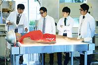 「SICKS-シックス- みんながみんな、何かの病気」第7話のワンシーン。©「SICKS」製作委員会