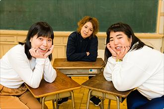 左から尼神インター誠子、尼神インター渚、ゆりやんレトリィバァ。