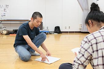 第17回AAF戯曲賞受賞記念公演「シティIII」稽古場より。