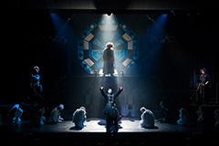 ピースピット2017年本公演「グランギニョル」より。©2017 Watanabe Entertainment