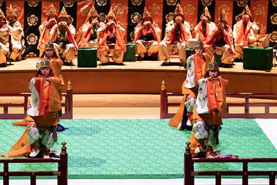 雅楽 宮内庁式部職楽部 ©KOS-CREA / 写真提供:国際交流基金