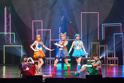 """[2.5次元ミュージカル] """"Pretty Guardian Sailor Moon"""" The Super Live ©武内直子・PNP/""""Pretty Guardian Sailor Moon"""" The Super Live製作委員会"""