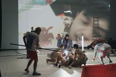 現代演劇シリーズ― 岡田利規演出「プラータナー:憑依のポートレート」  ©KOS-CREA / 写真提供:国際交流基金