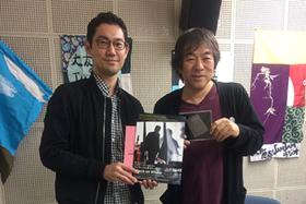 左からKYOTO EXPERIMENT プログラム・ディレクターの橋本裕介、大友良英。
