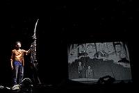 上田が映像を担当した「プルートゥ PLUTO」。©︎浦沢直樹×手塚治虫 長崎尚志プロデュース 監修・手塚眞 協力・手塚プロダクション/小学館 鉄腕アトム「地上最大のロボット」より『プルートゥ PLUTO』(2015)Bunkamuraシアターコクーン(撮影:小林由恵)