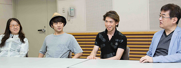 左から金谷かほり、松浦司、石川直、田中公平。