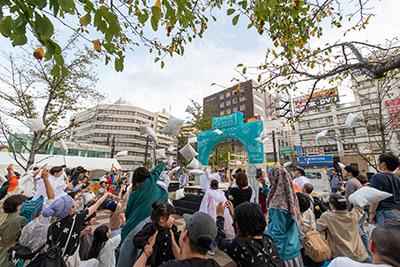 「移動祝祭商店街」ビジュアル(Photo by Alloposidae)