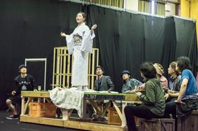 「野外劇 三文オペラ」稽古の様子。